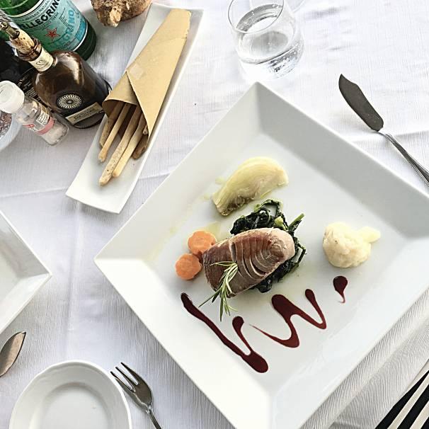 Italien-Amalfikueste-Maiori-Restaurant-Torre-Normanna-16