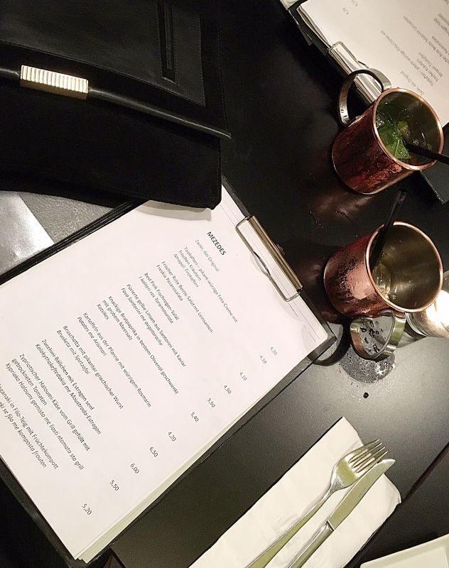 Dionysos-Grieche-Eimsbüttel-Hamburg-Restaurant-Streifen-005