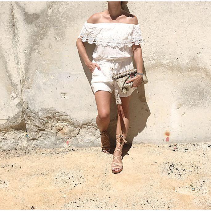 frankreich-amphitheater-theater-arenes-de-nimes-gladiatoren-sandalen-lespecs-outfit-018