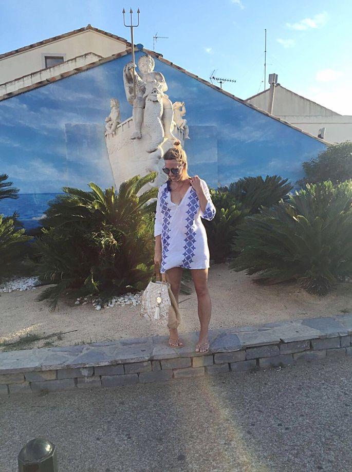 frankreich-montpellier-pavalas-les-flots-goodnight-macaroon-tunika-star-mela-strandtasche-beach-bag-lespecs-sonnenbrille-suedfrankreich-005