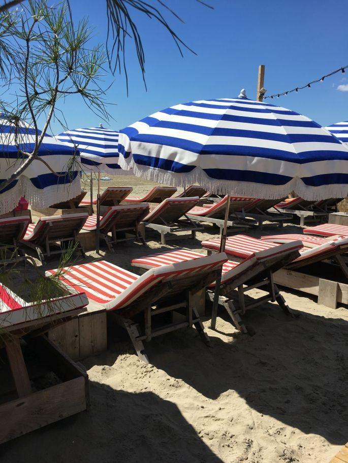 frankreich-suedfrankreich-montpellier-pavalas-les-flots-goodnight-macaroon-tunika-star-mela-strandtasche-beach-bag-lespecs-sonnenbrille-009