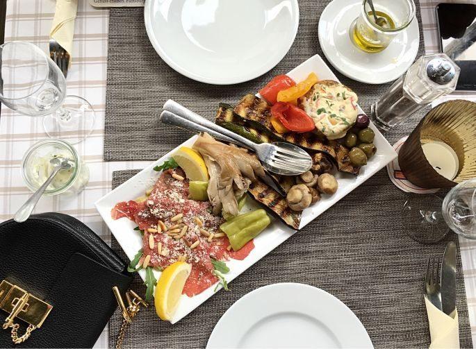 hamburg-hafen-stilwerk-rado-restaurant-boconcept-grosse-elbstrasse-interior-designer-leuchten-008