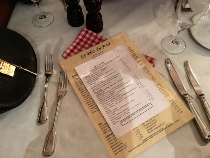 restaurant-hamburg-bistro-leplatdujour-neustadt-essen-franzoesisch-menue-ambiente-speisekarte-spezialitaeten-open-table-bewertung-michelin-006