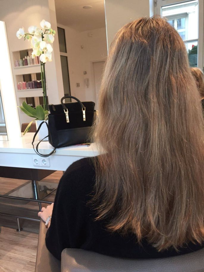knhairdesign-kn-hairdesign-friseur-frisur-hamburg-hansestadt-silvester-alter-wall-ines-juhl-extensions-ohne-parabene-silikone-kevin-murphy-016