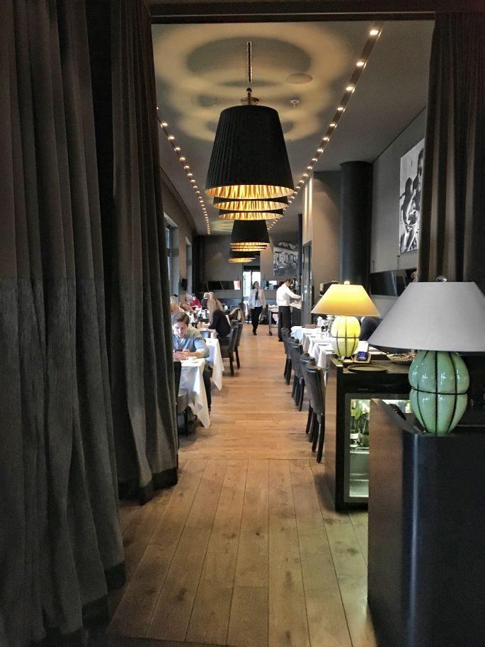 the-george-designhotel-hotel-hamburg-uebernachten-aussenalster-alster-tipp-reisetipp-restaurant-bar-st-georg-englischer-garten-dachterrasse-feuerwerk-japanisches-kirschbluetenfest-016