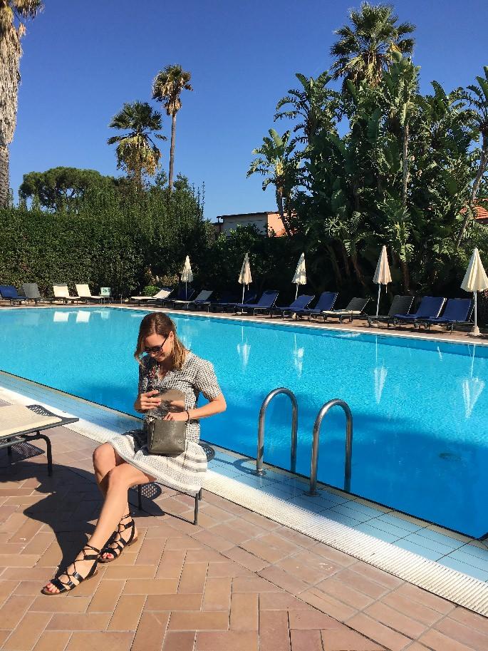 Swimming Pool des Aequa Hotels bei Sorrent
