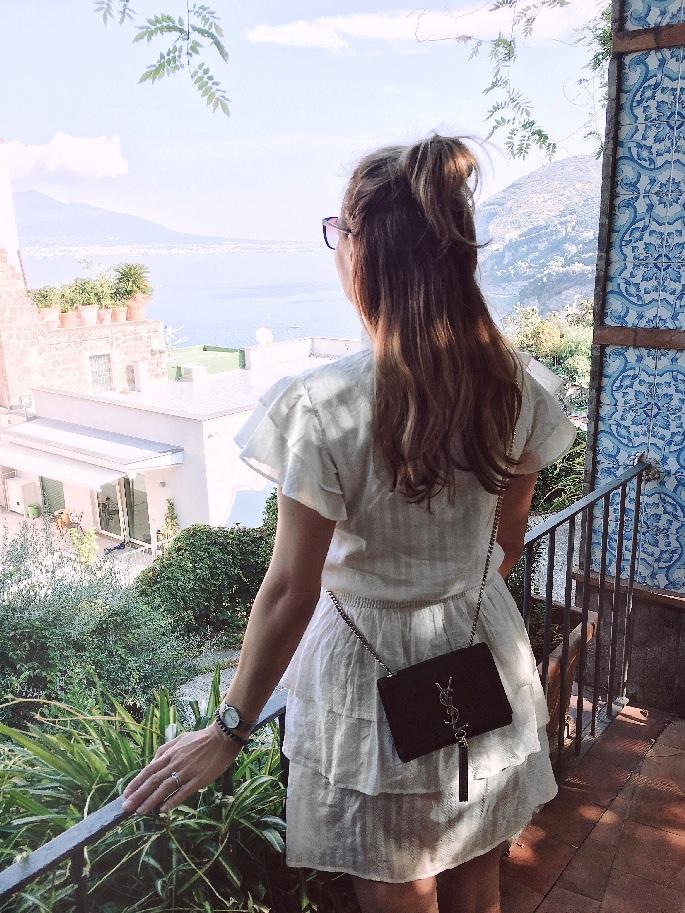 Ausblick vom Aequa Hotel auf die Halbinsel von Sorrent