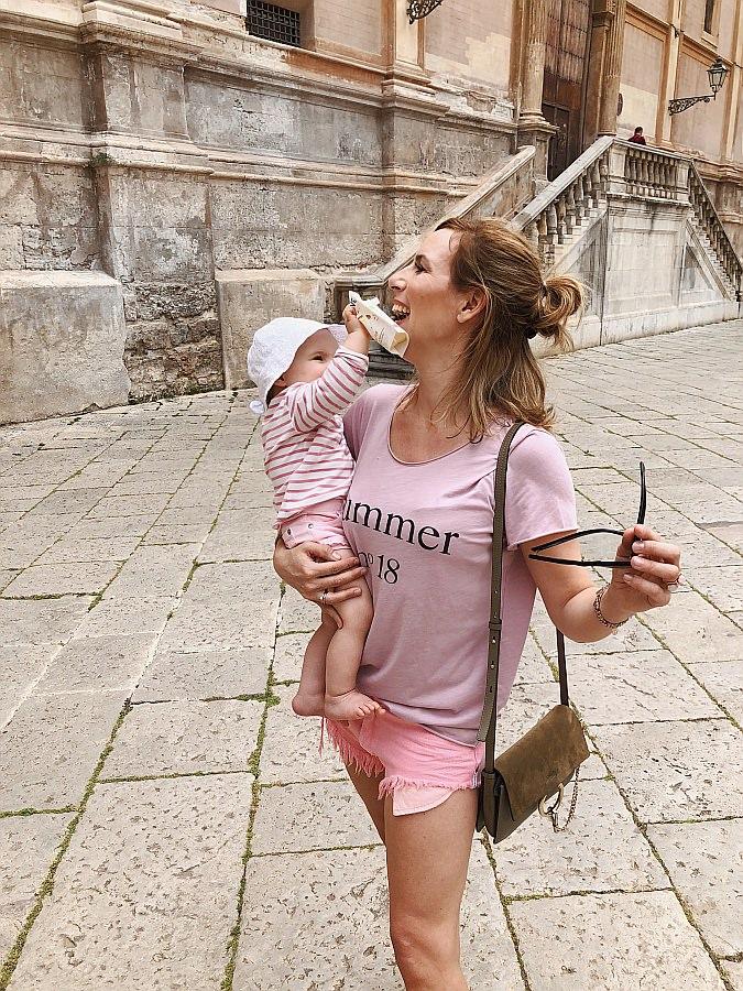 Beikost für das Baby unterwegs in Savona, Chloé Handtasche