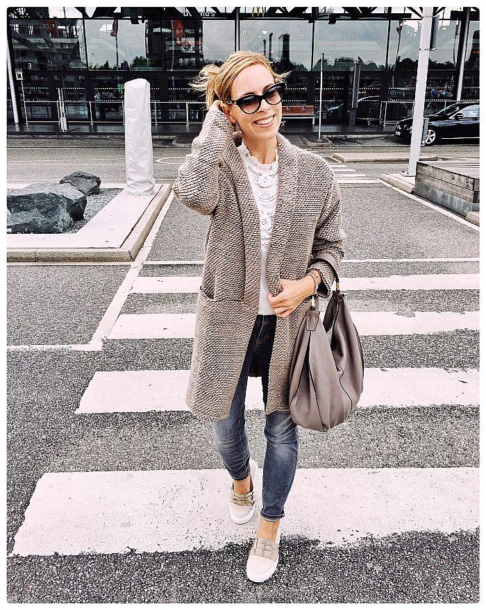 Übergangsjacke aus Wolle zu skinny Jeans
