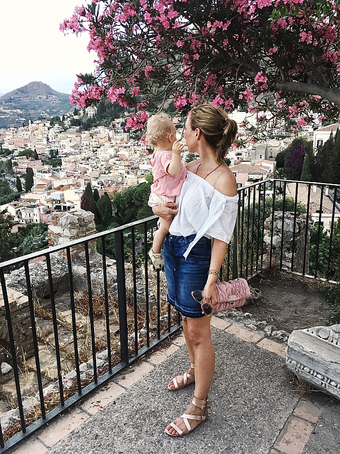 Off Shoulder Blusen kombinieren - Ausflug nach Taormina