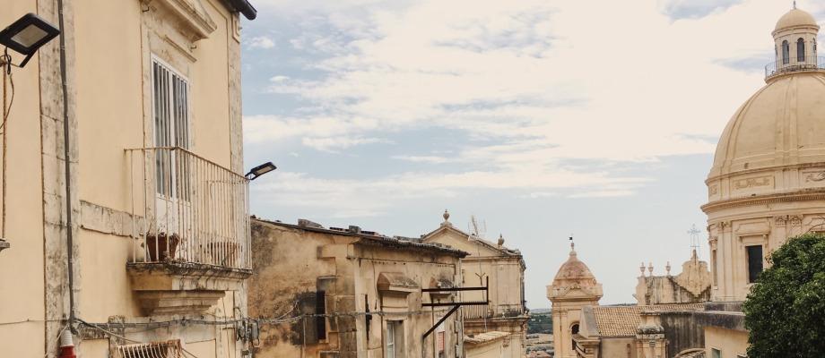 TRAVEL: SIZILIEN RUNDREISE – Märchenträume im Val di Noto