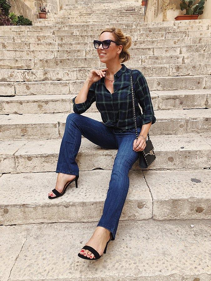 Dark Denim Jeans Guide Bootcut Valentino Rockstud Noto