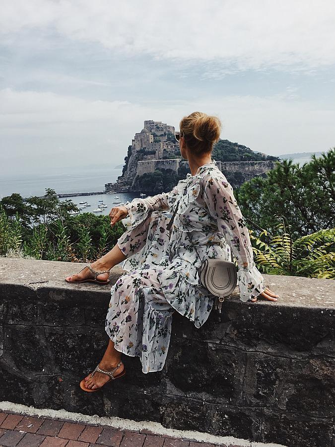 Ausblick auf das Castello Aragonese als eines der Ischia Sehenswürdigkeiten