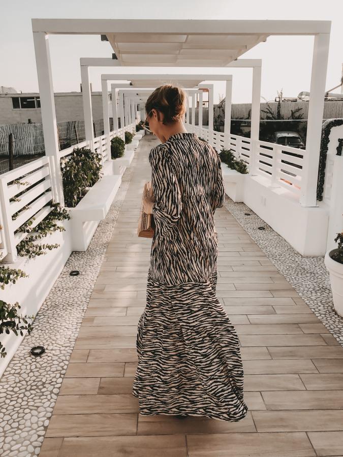 Dein Lieblingsladen Zebra Print Maxikleid mit Bambus Tasche Ischia