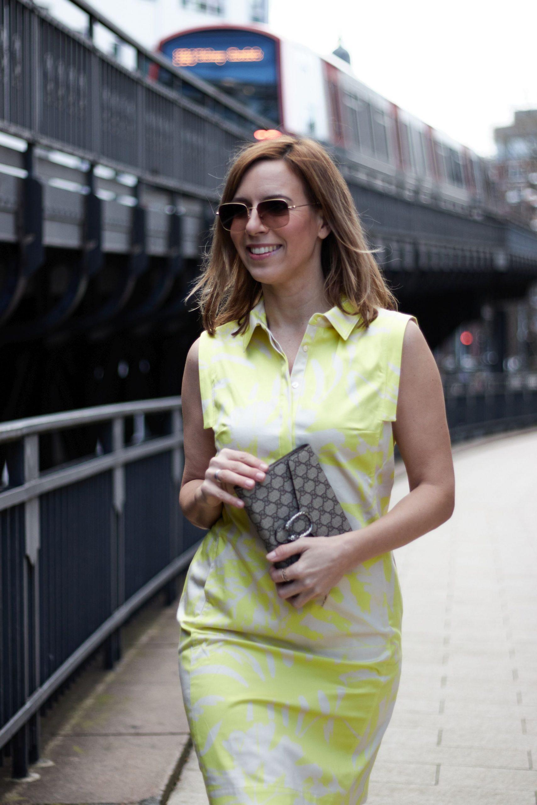 Trendfarbe Gelb 2020 - Kleid von WENZ