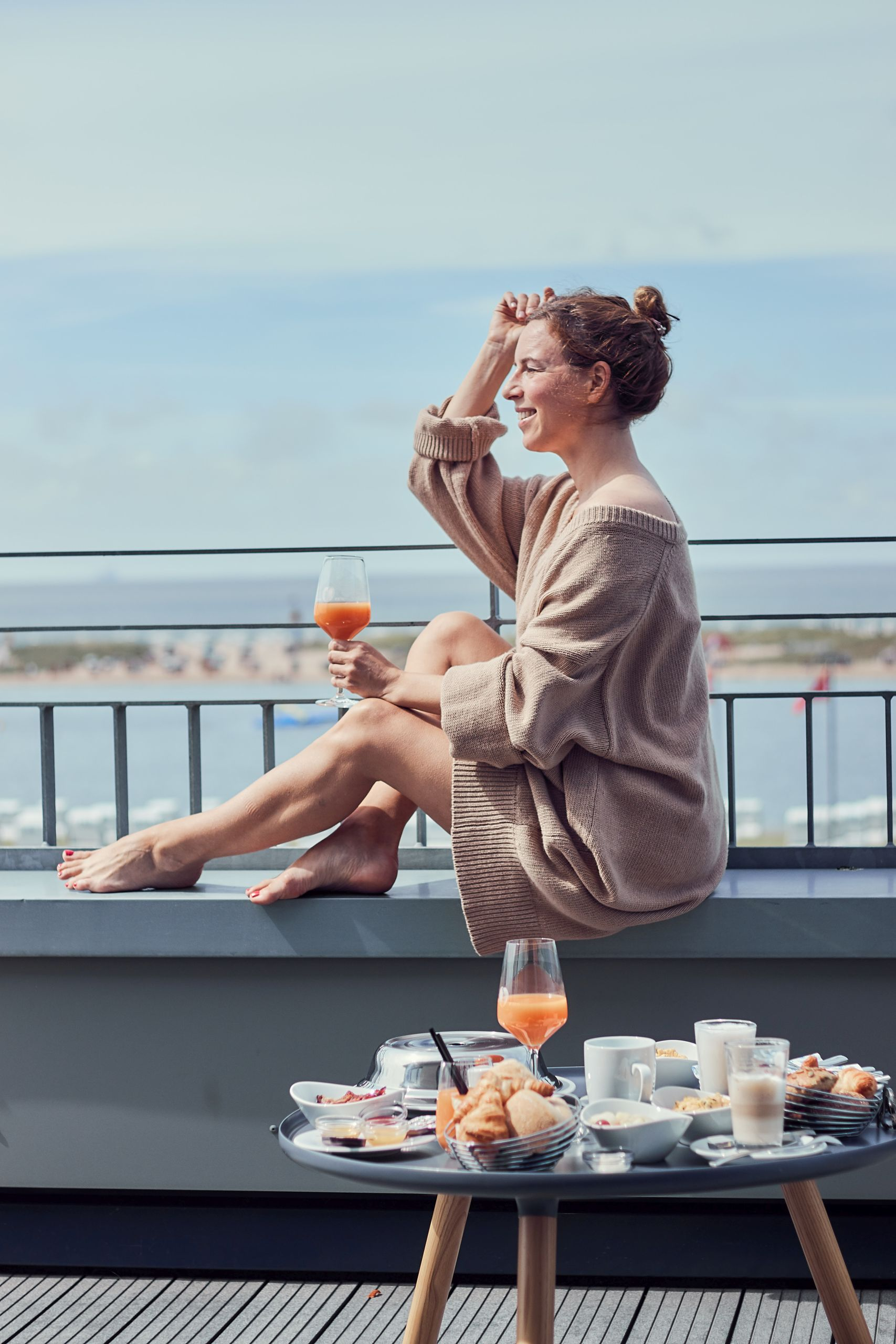 Frühstück auf der Terrasse des Strandhotel Küstenperle Büsum