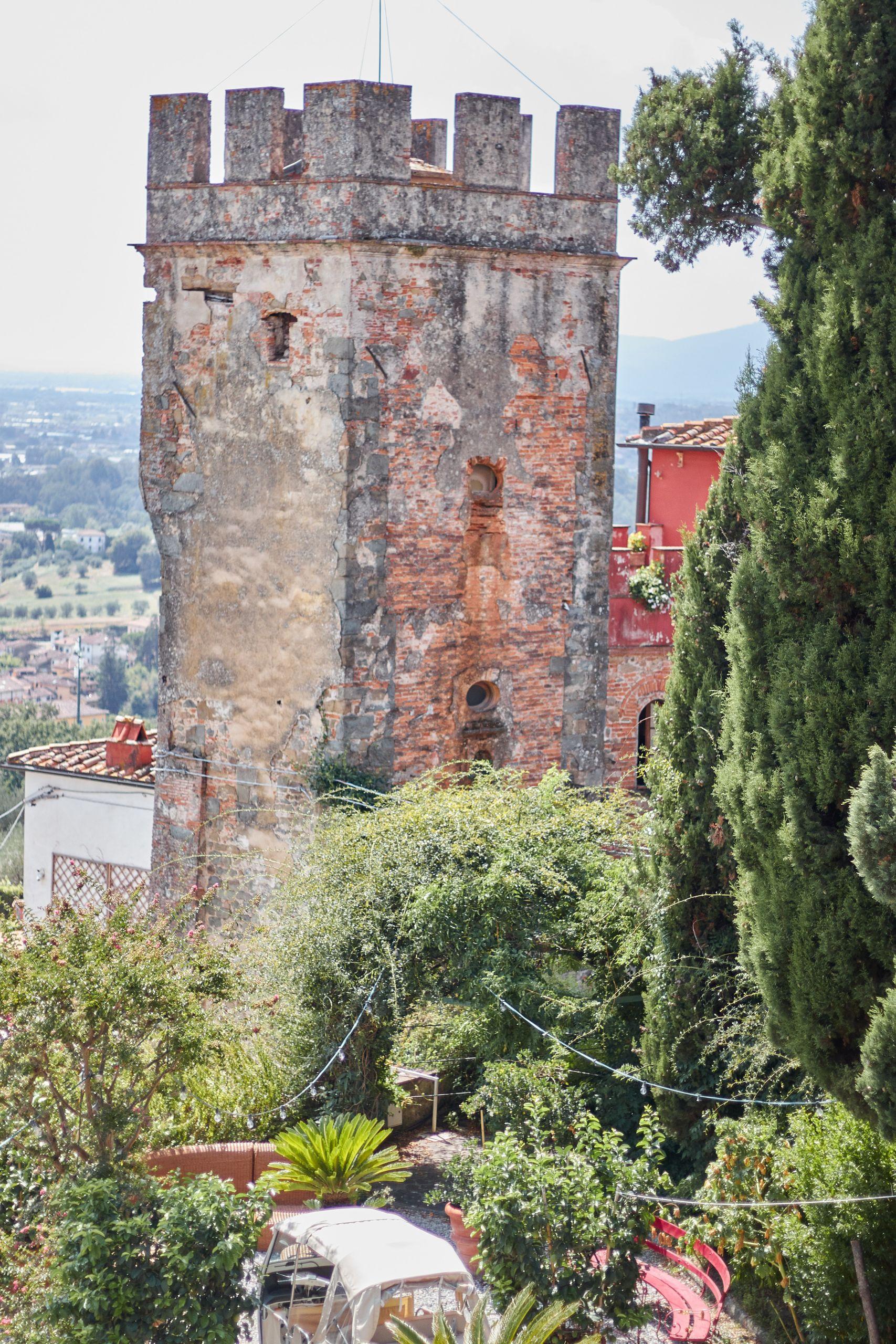 Dachterrasse der Villa Sermolli als Stop vom Toskana Roadtrip