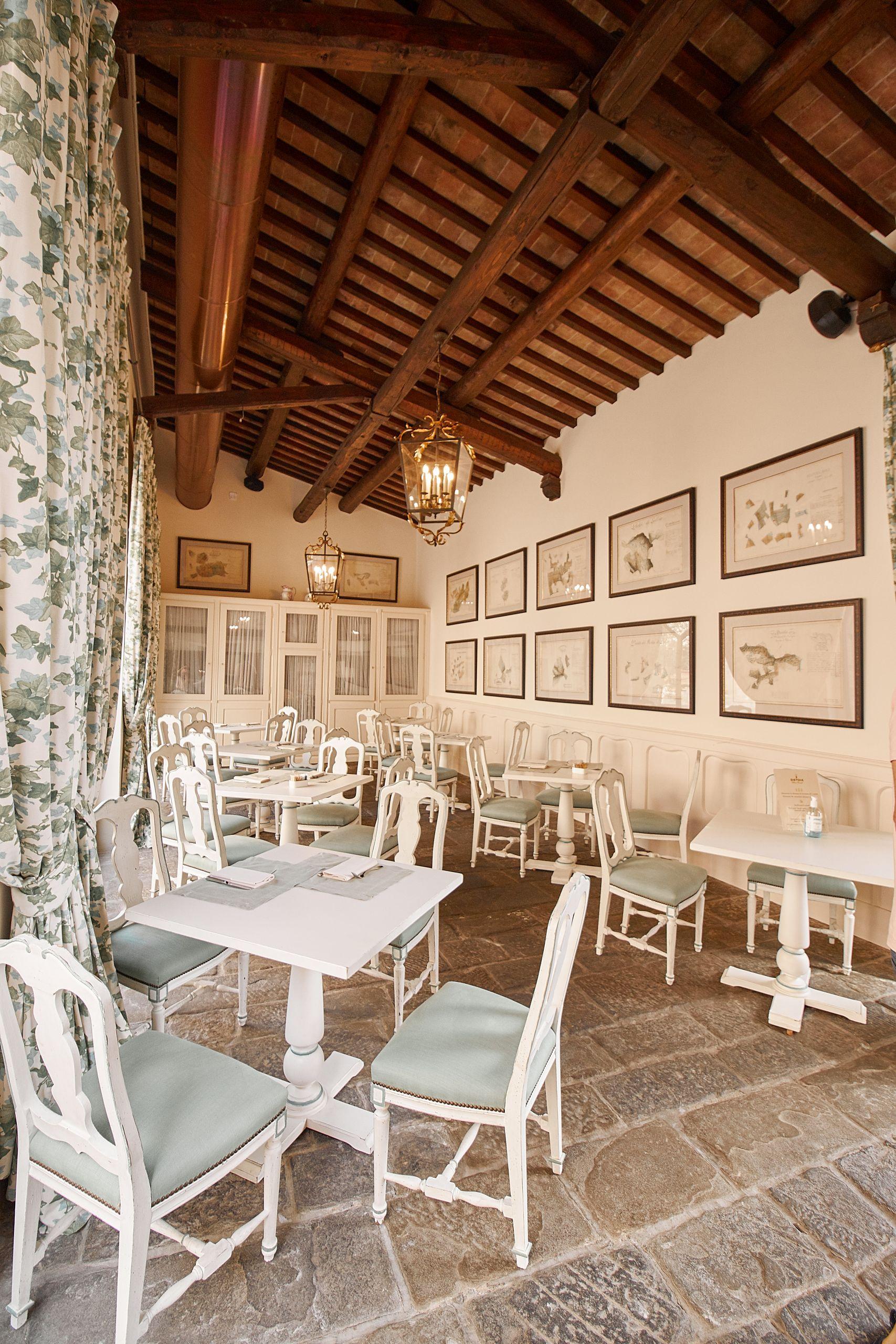 Frühstücksraum vom Dievole Wine Resort in Siena als Unterkunft vom Toskana Roadtrip