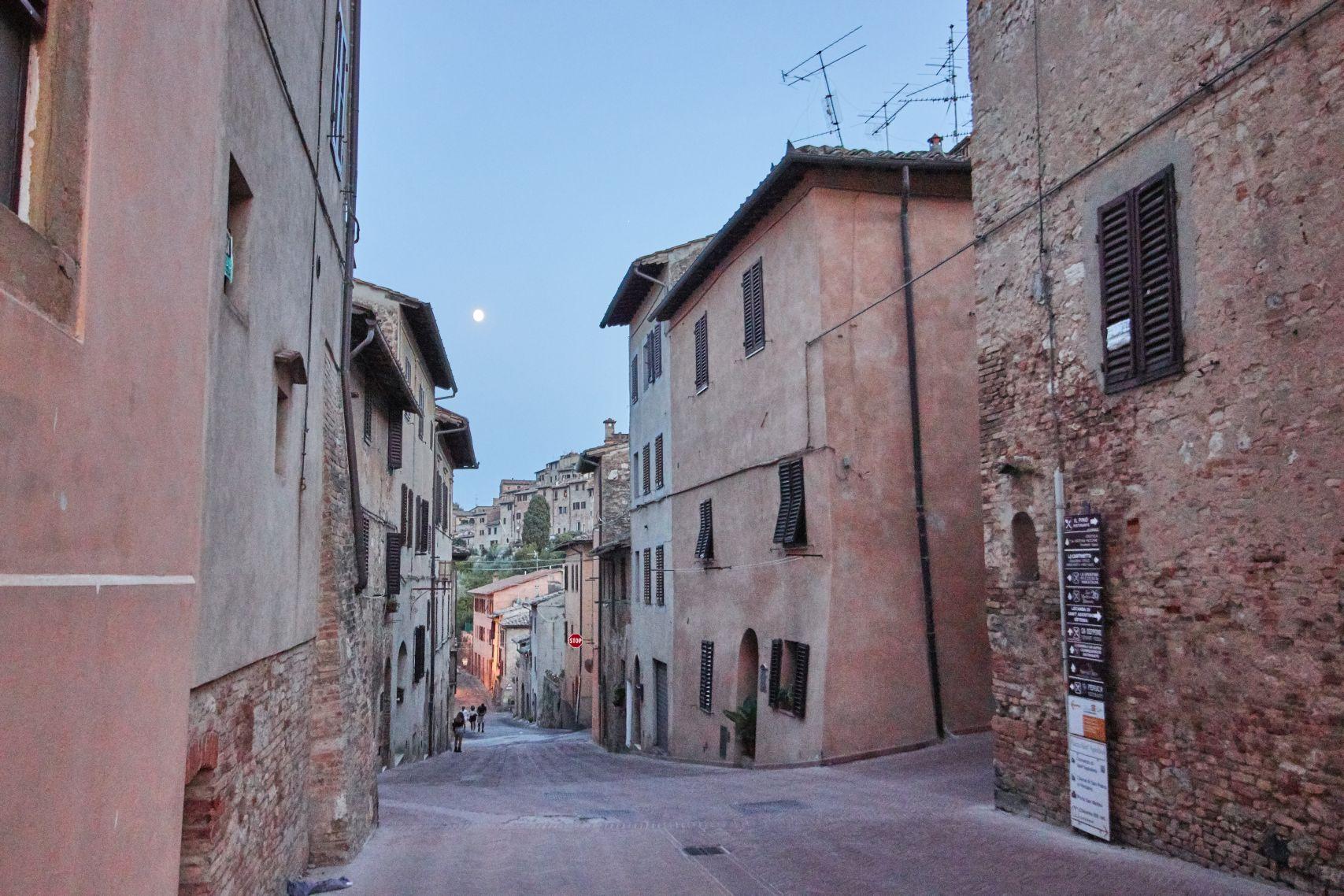 Altstadt von San Gimignano beim Toskana Roadtrip