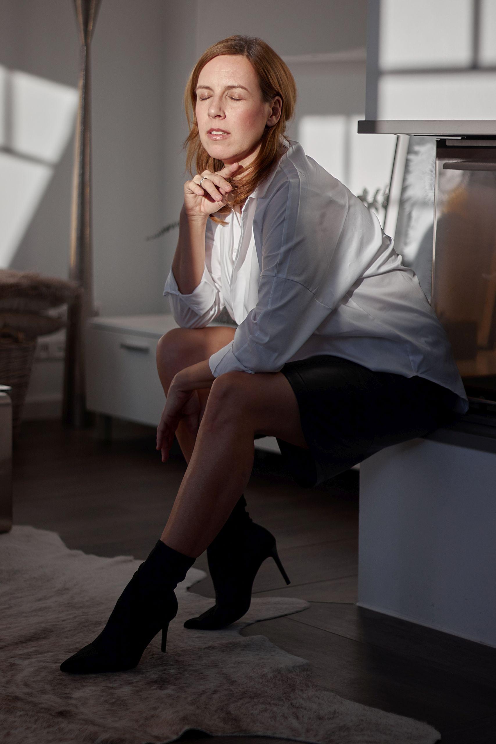 Impressionen Lederhose zu Oversize Bluse