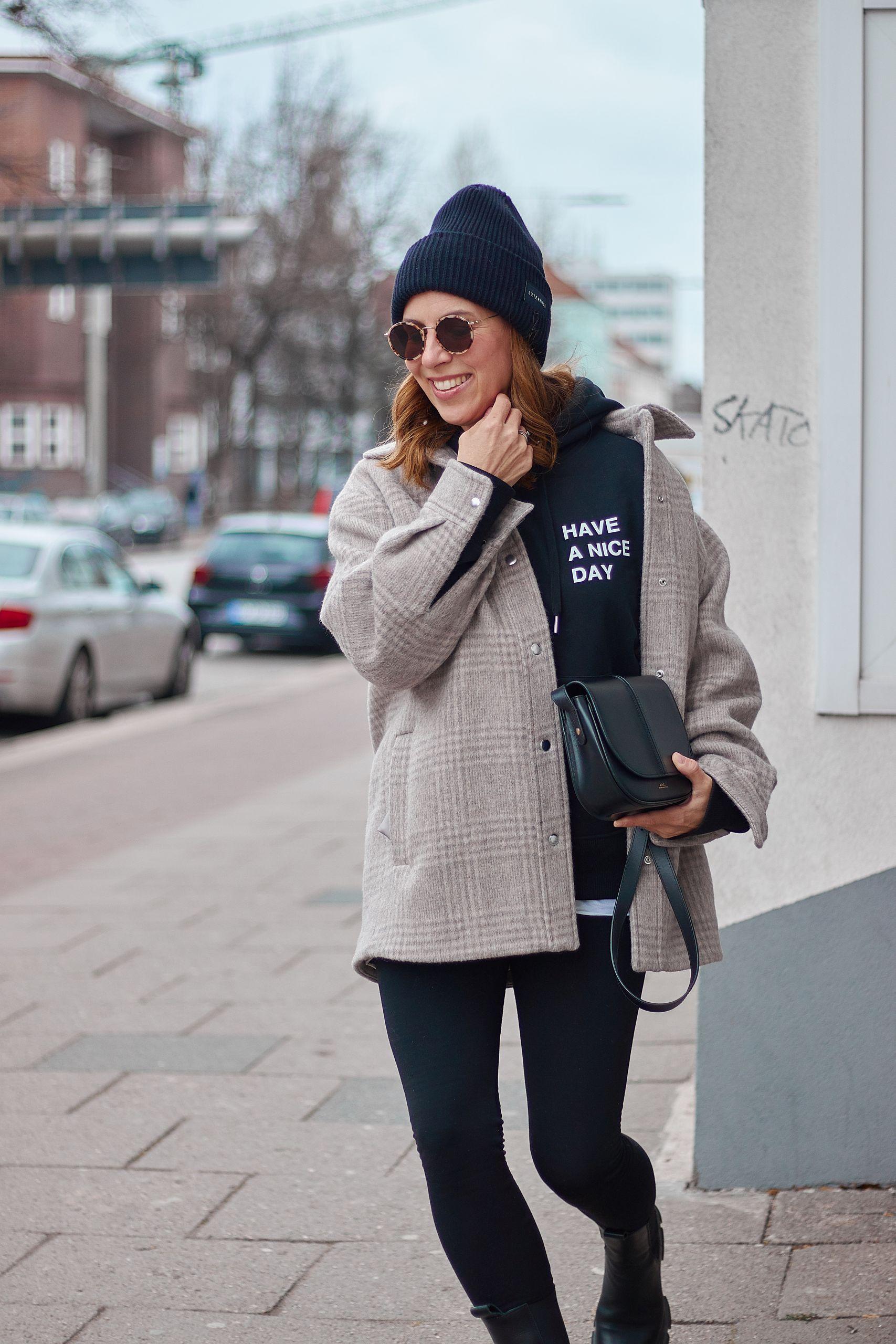 YES IS MORE Sweatshirt zur Leggings und Hemdjacke