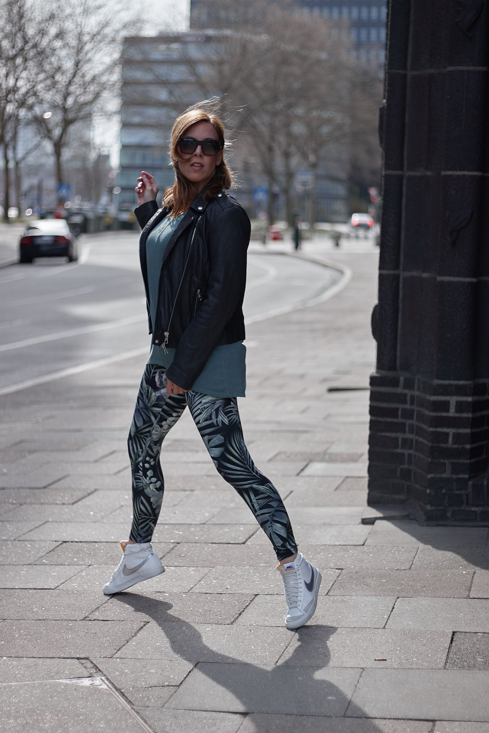 Betty Barclay Activewear Leggings zur Lederjacke