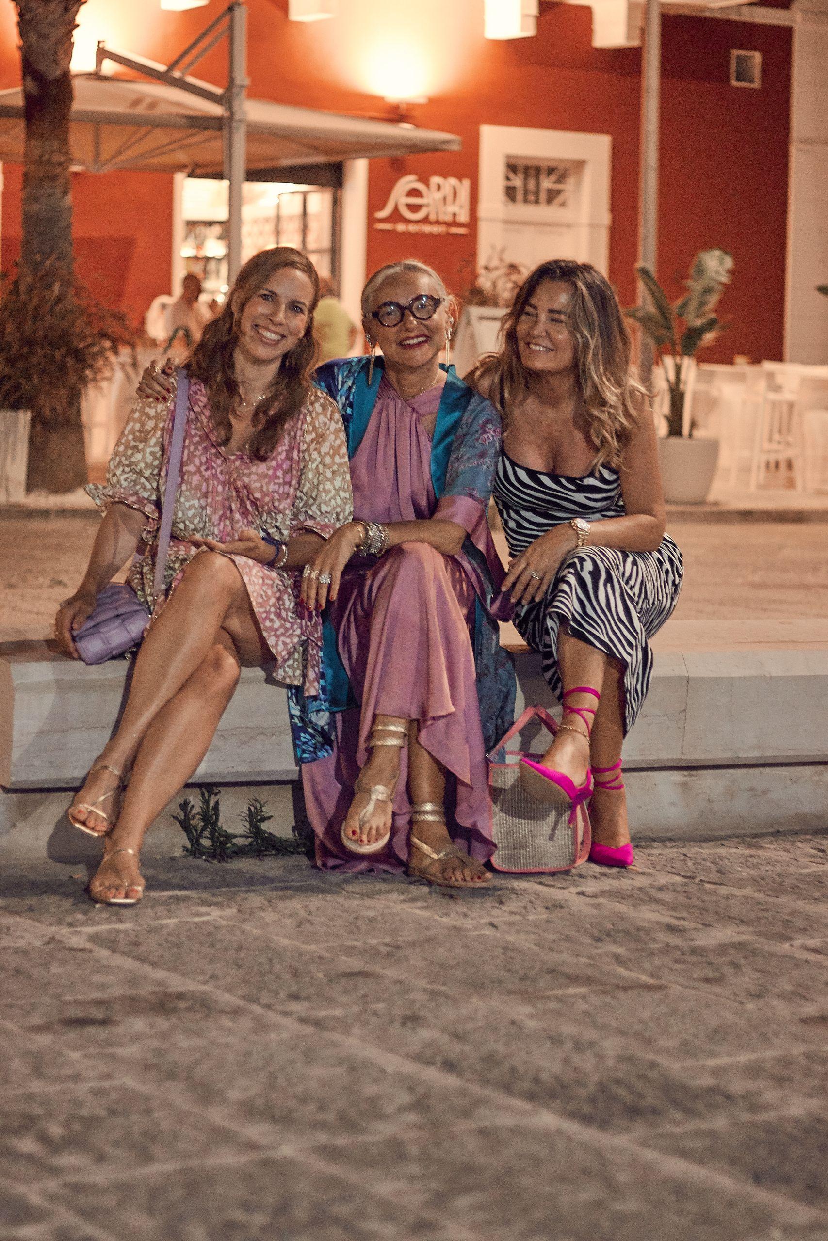 juliet dunn minikleid im leopardenprint zur ledertasche von settimo cielo bologna mit Silvia Berri in Fasano