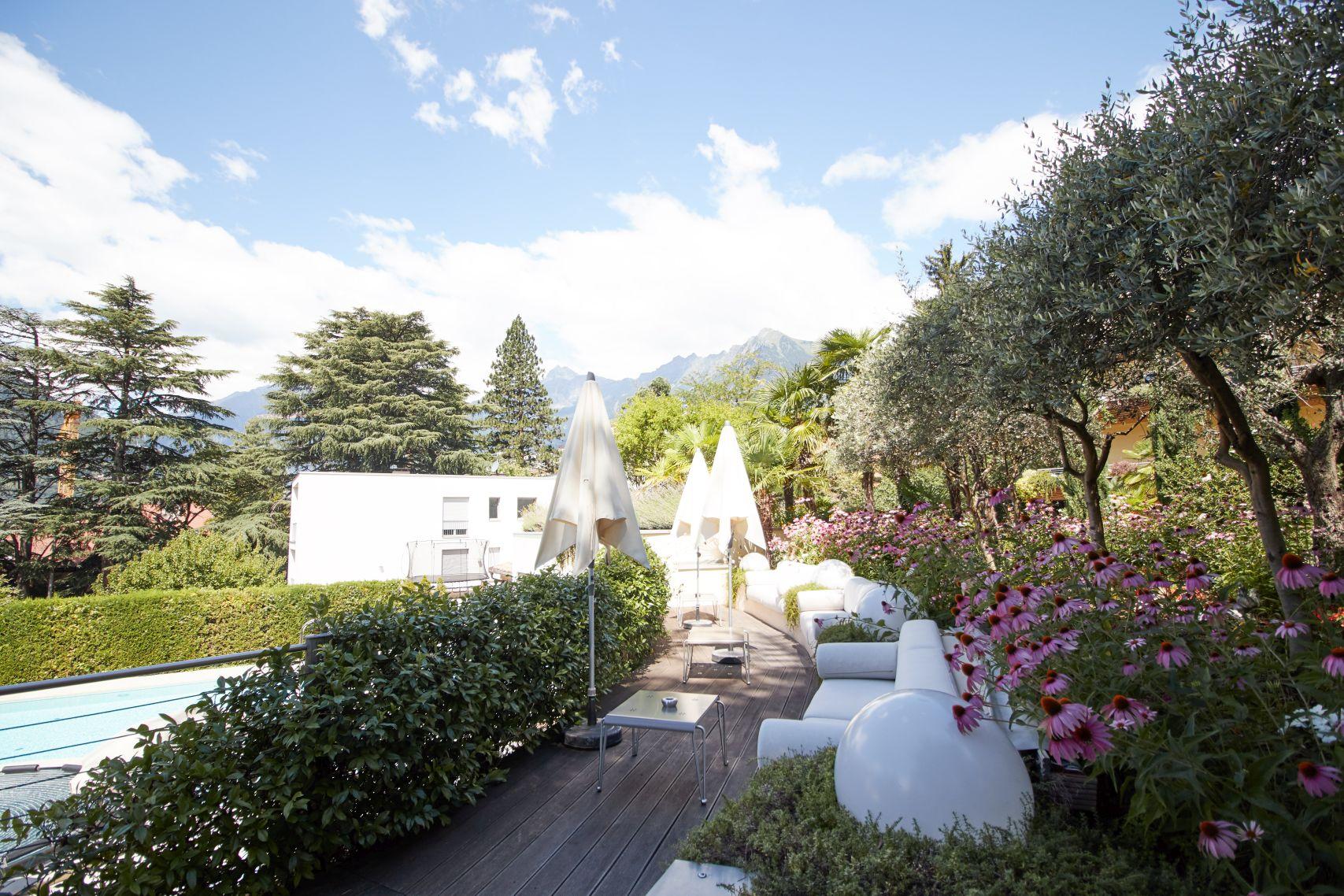 Terrasse des Parkhotel Mignon als eine der Meran Sehenswürdigkeiten