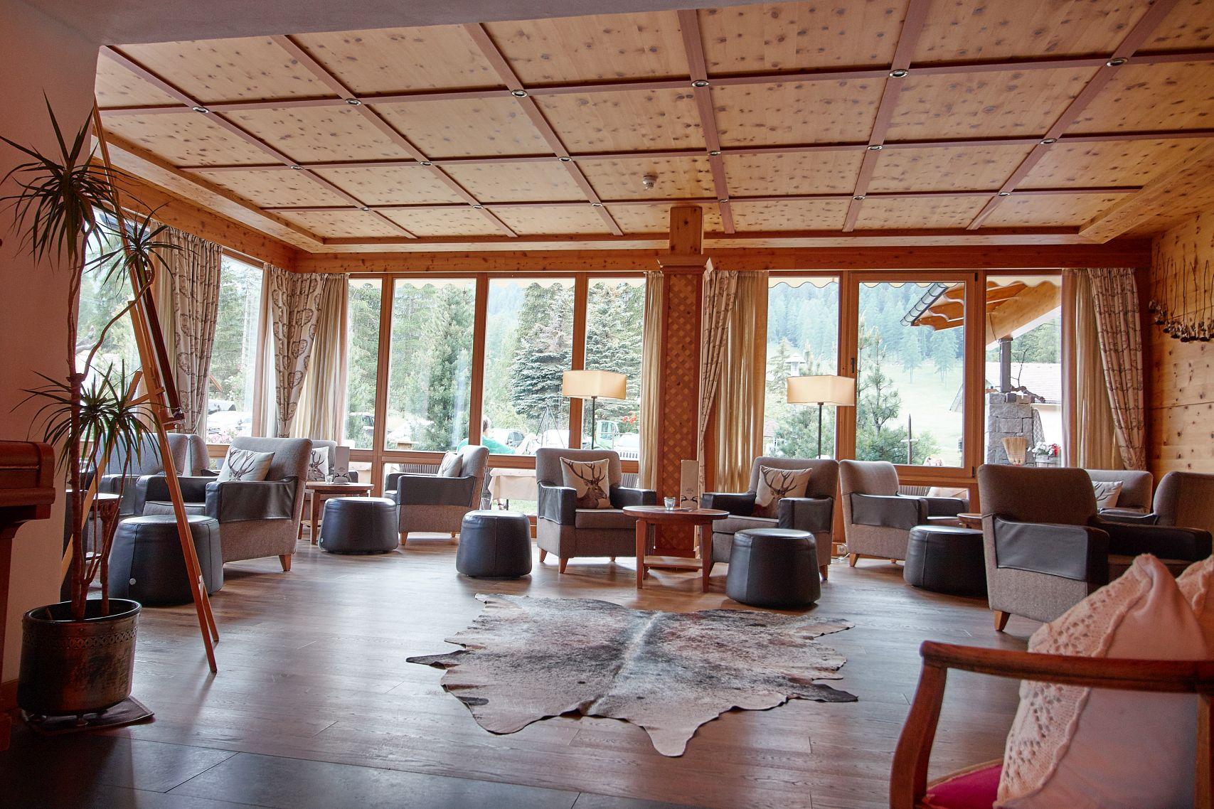 Lounge im Bad Moos Dolomites Spa Resort in Sexten
