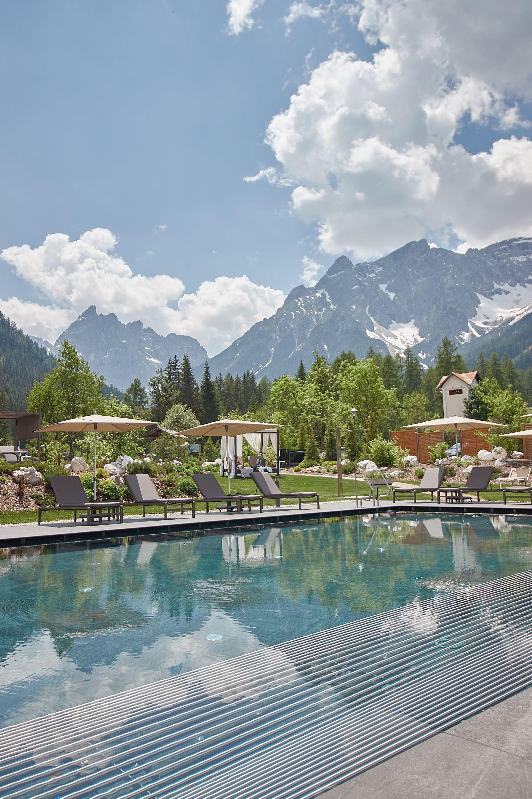 Außenpool des Bad Moos Dolomites Spa Resort