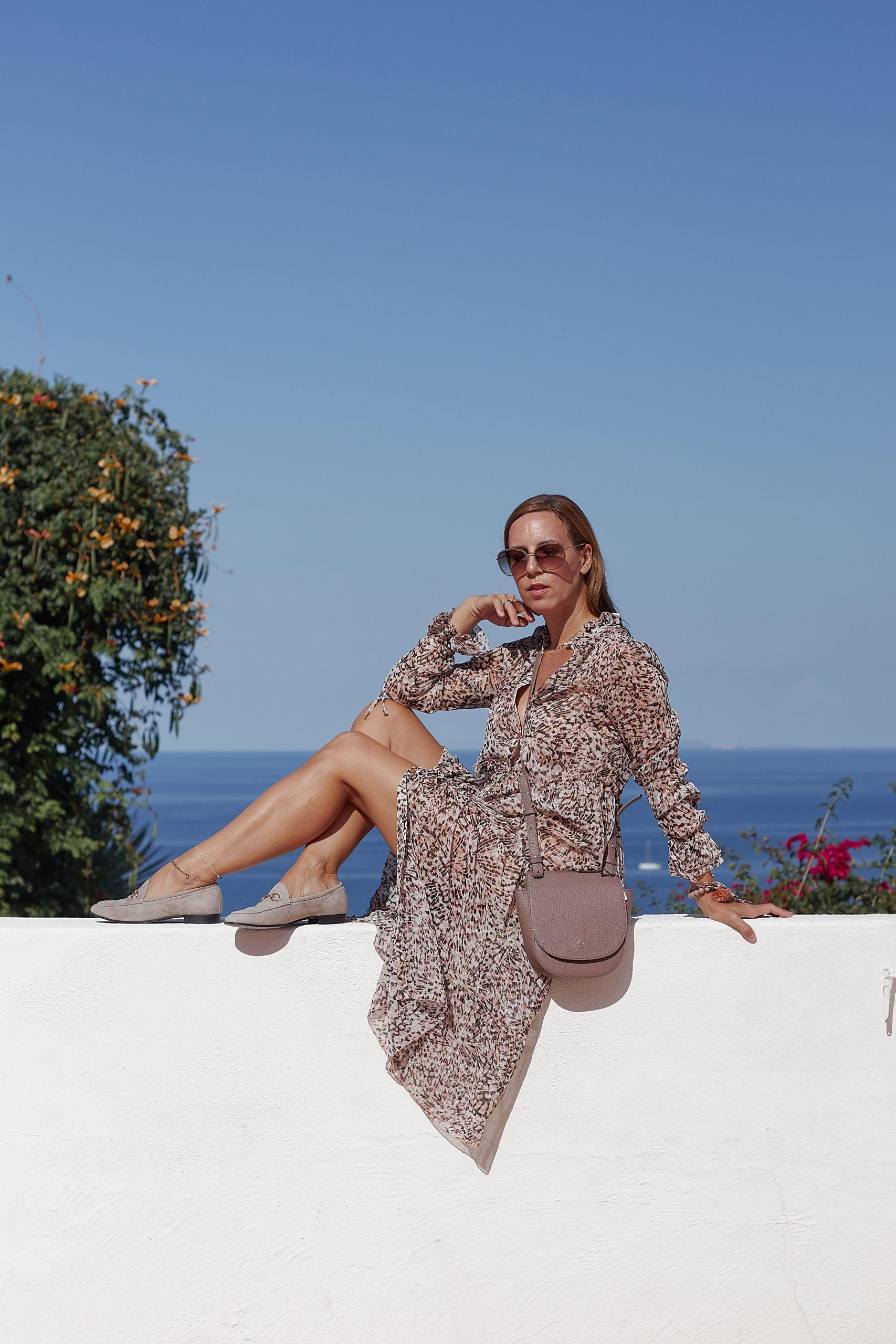 Slipper von Raffaele Riccardi Schuhe zu Maxikleid im Giardino Ravino auf Ischia